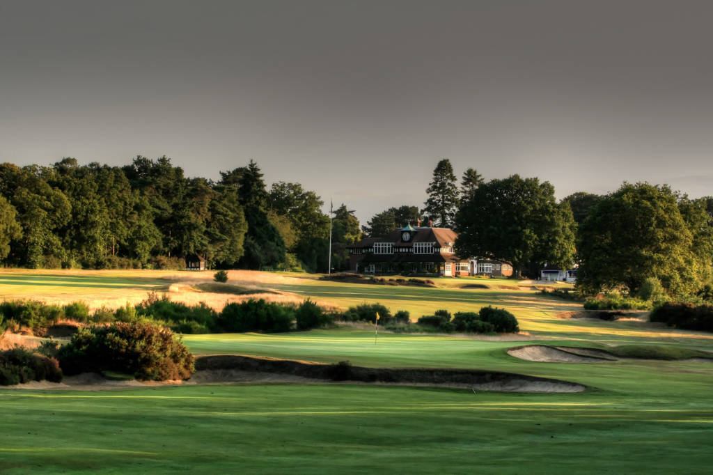 SunningdaleGolf | The Clubhouse | Swing by Swing