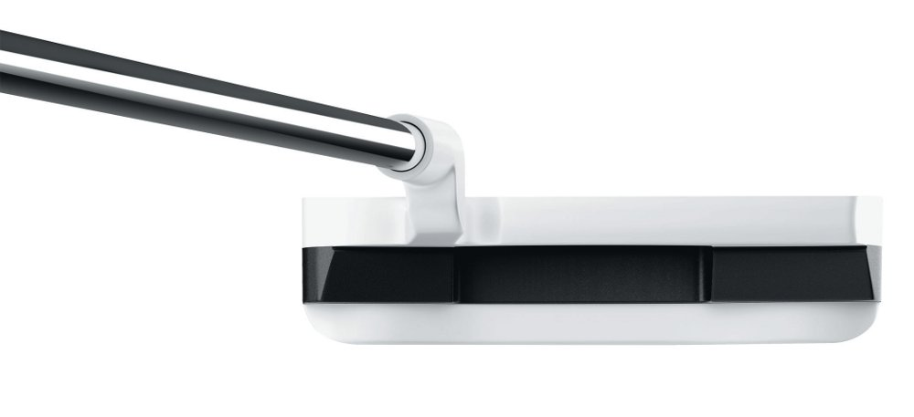 Black and White:~Odyssey's Versa Putter