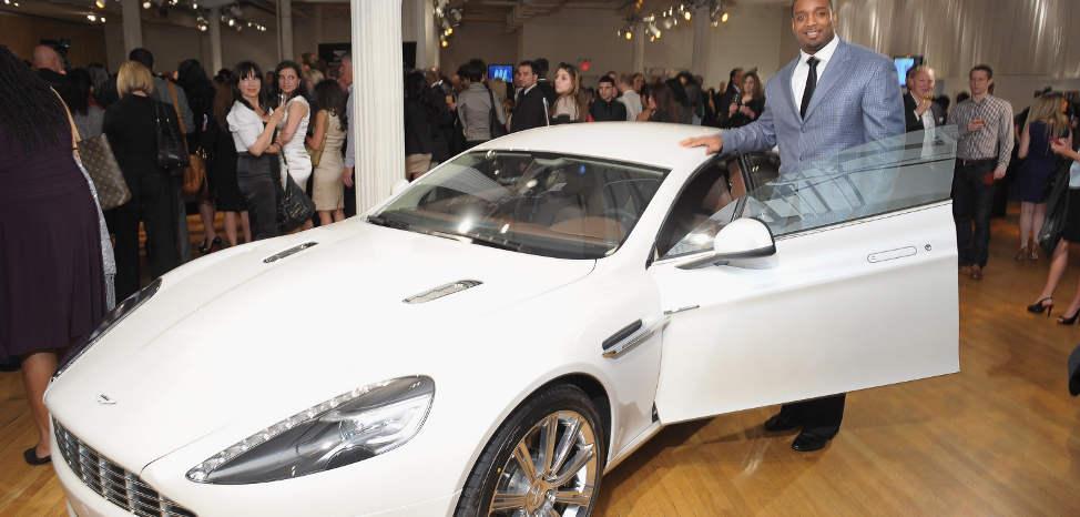 Aston Martin to Unveil Hydrogen-Powered Rapide