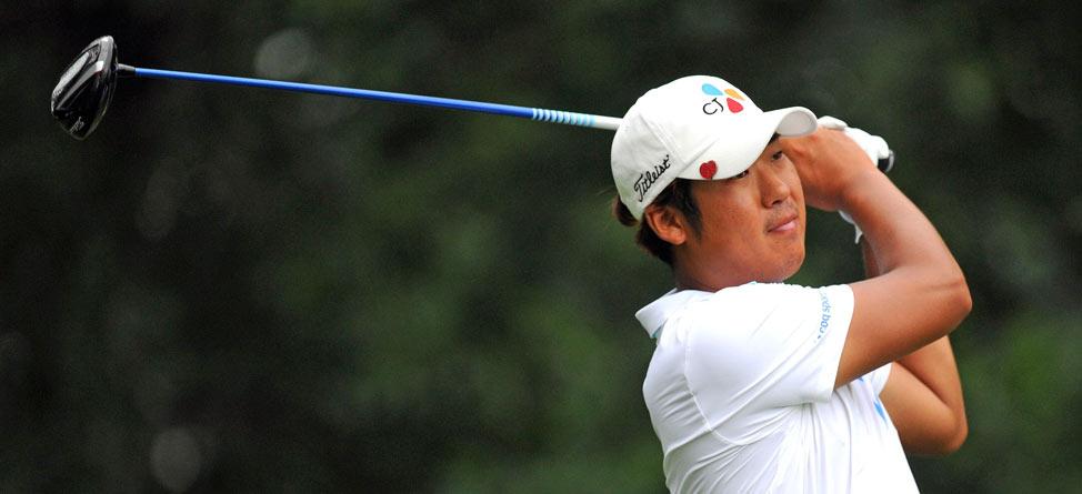 D.H. Lee Flips Off His Golf Ball