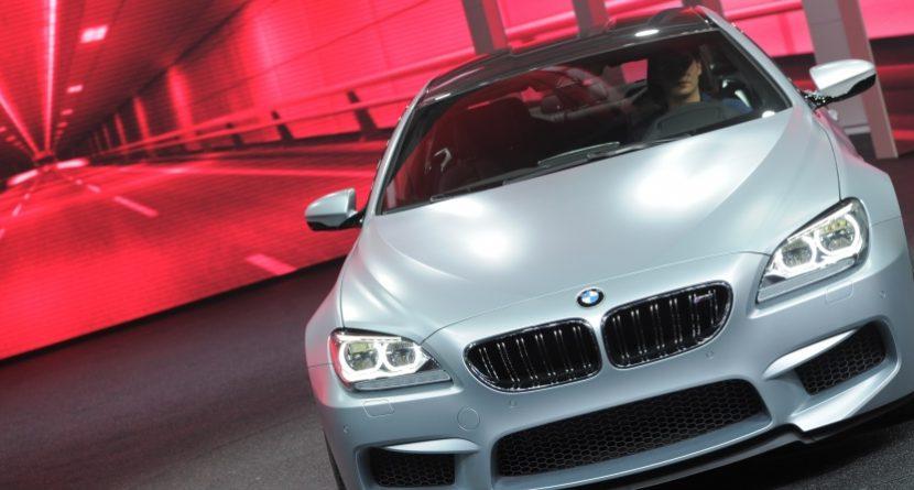 Golfers Racing BMWs for Cash? It Should Happen
