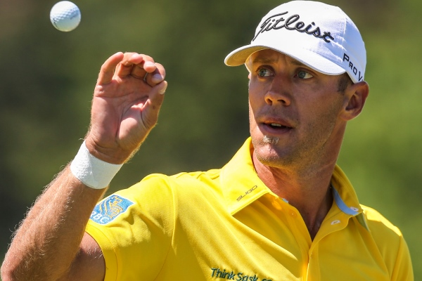 Graham DeLaet Signs With Puma