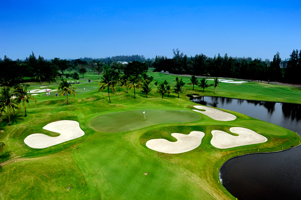 Thai-Country-Club_Article1
