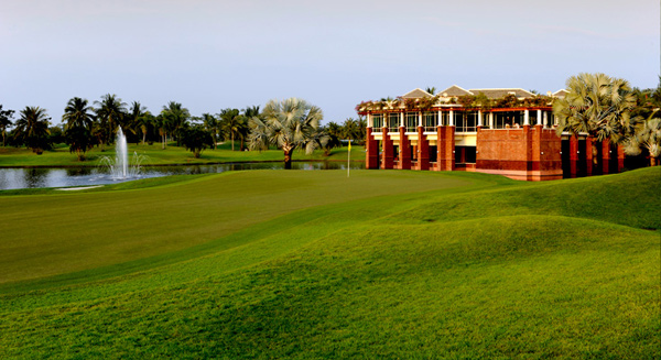 Thai-Country-Club_Article2