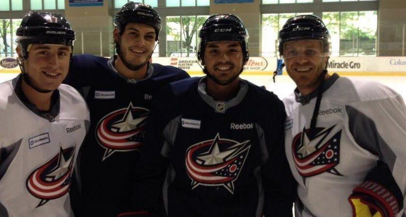 Jason Day Skates with NHL's Columbus Blue Jackets