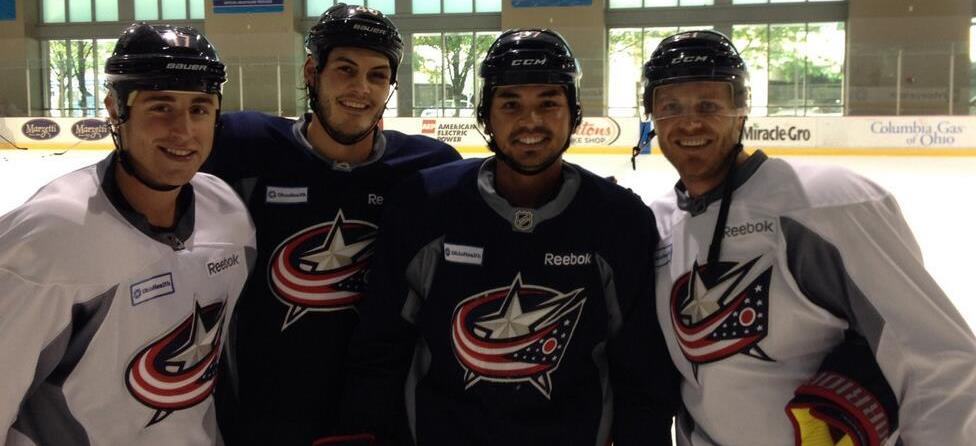 Jason Day Skates with NHL's Columbus Blue Jackets