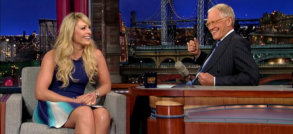 Lindsey Vonn Talks Tiger, Skiing on 'Letterman'