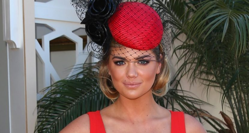 Arnold Palmer Sees Potential for Kate Upton as Golfer