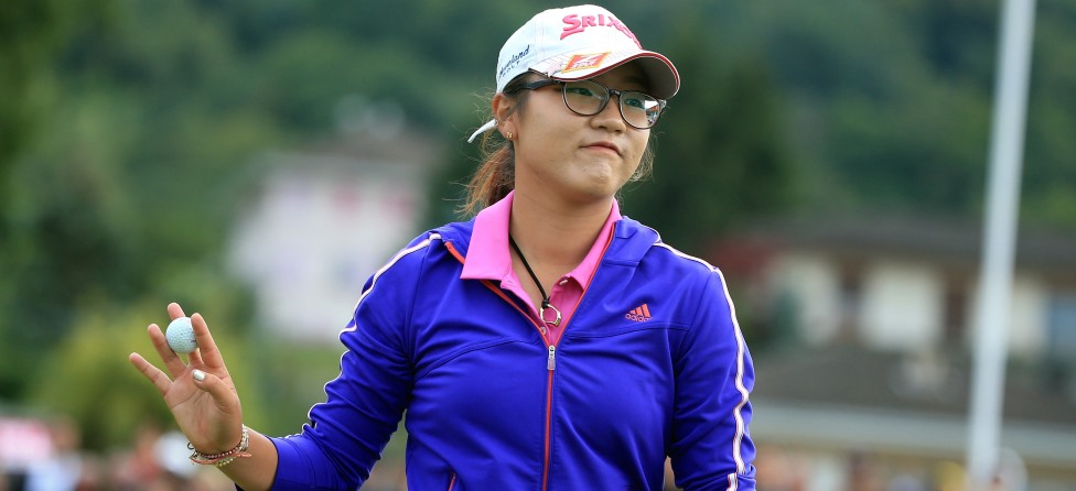 Teenager Lydia Ko Tees Off for First Time as a Pro