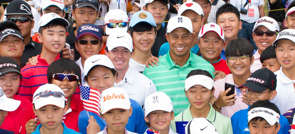 Tiger Woods Urges Golf Courses to Offer Free Golf