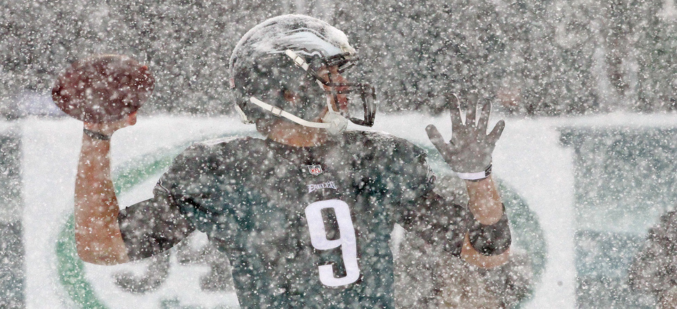 Football_Eagles_Snow_Feature