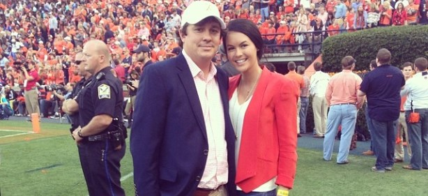 Which Athlete Sent Autographed Memorabilia to Amanda Dufner?