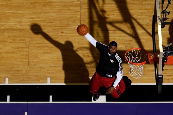 LeBron James dunks 600