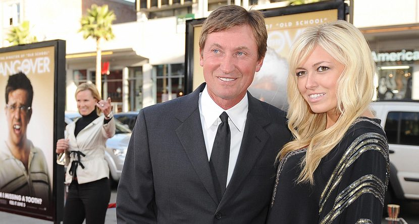Wayne Gretzky: Paulina Would Dominate Me in Golf