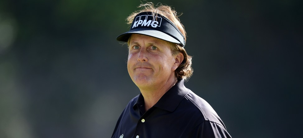 Phil Mickelson Begins U.S. Open Push with Texas Two-Step