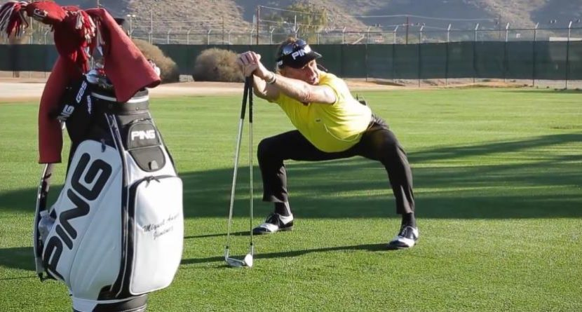 Must Watch: Miguel Angel Jimenez Teaches Stretching Routine