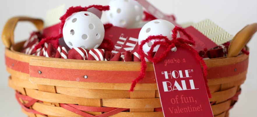 9 Awesomely Bad Valentine's Day Golf Gifts