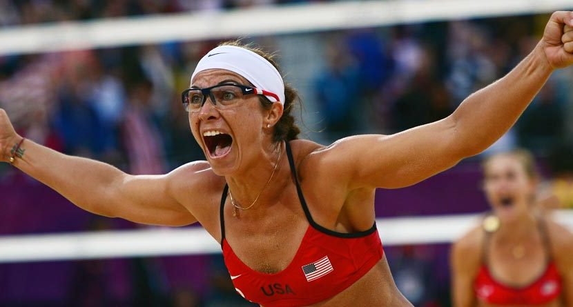 Beach Volleyball Star Misty May-Treanor Pregnant & Golfing