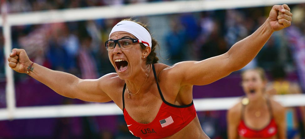 Beach Volleyball Star Misty May-Treanor Pregnant & Golfing