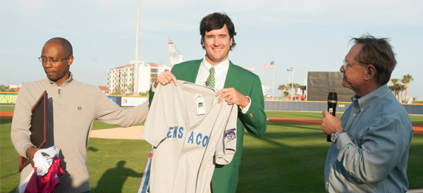 BubbaWatson_firstpitch_article