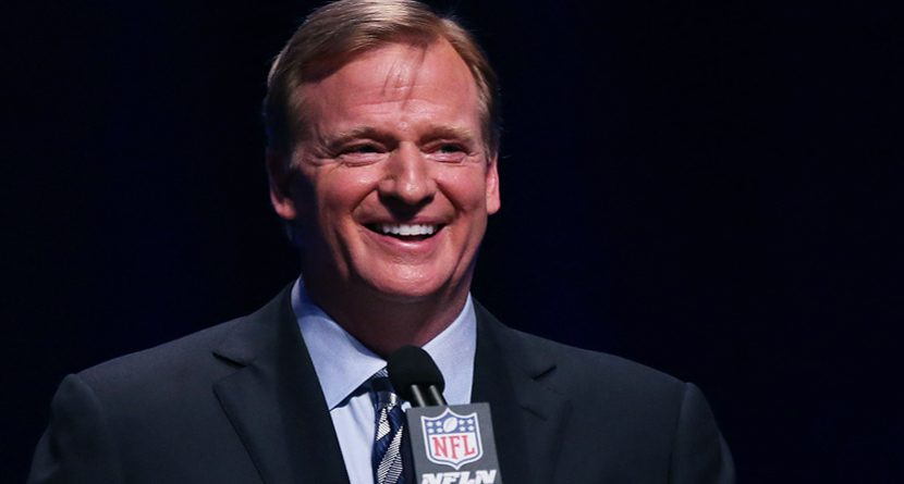 NFL Commissioner Roger Goodell Shows Up at Masters