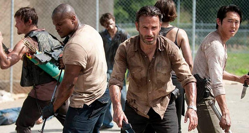 Rick and Glenn of 'Walking Dead' Hit the Links… Without Zombies