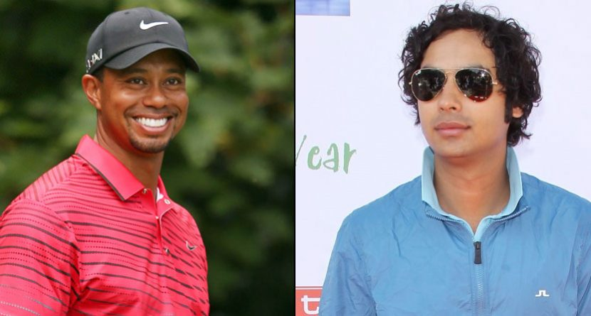 Tiger Woods Gives Lessons to 'Big Bang Theory' Actor