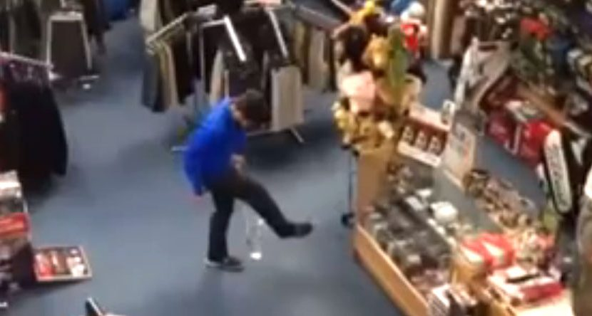 Juggling Pro Shop Trick Shot is Amazing