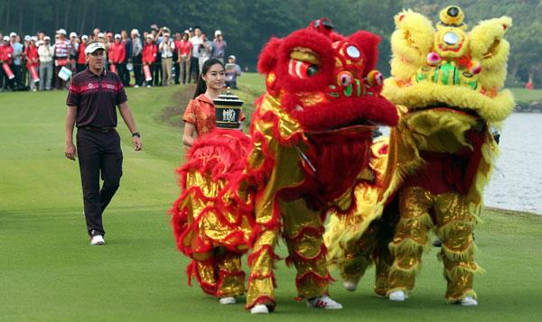 China_golf_Article1