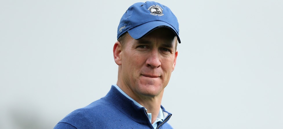 Peyton Manning Uses Golf to Warn Rookies of his Wrath