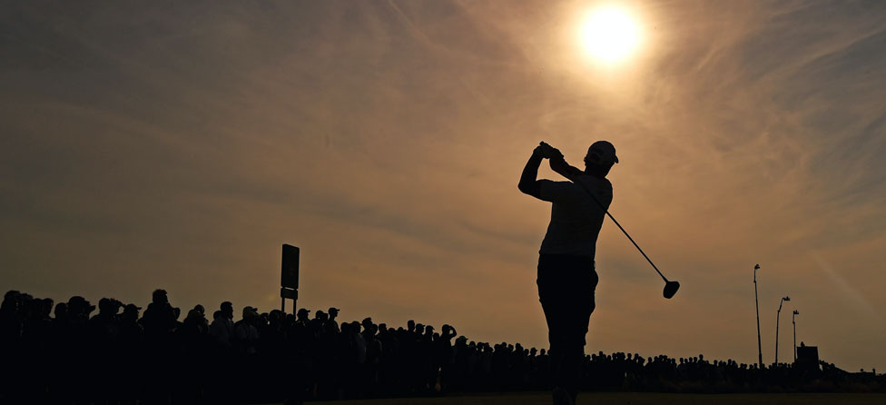 Round 1 Recap: McIlroy Leads Open Championship, Tiger Lurking
