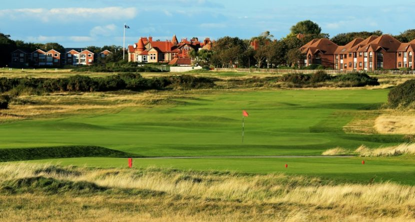 Hoylake a Gracious Host, Residents Cashing In