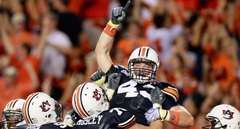 Auburn Honors Fallen Football Star with Golf Outing