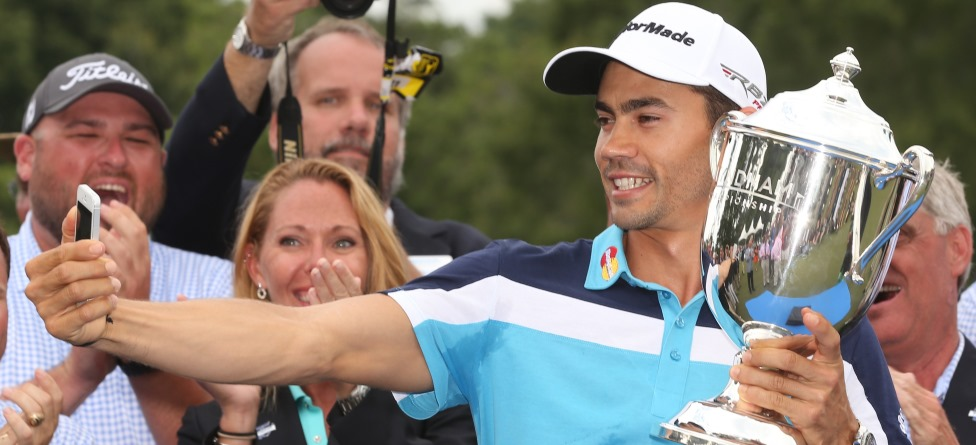 Camilo Villegas Shows Off Some Serious Hops