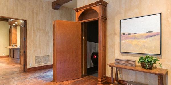 tomlinson-house-theater-door_article