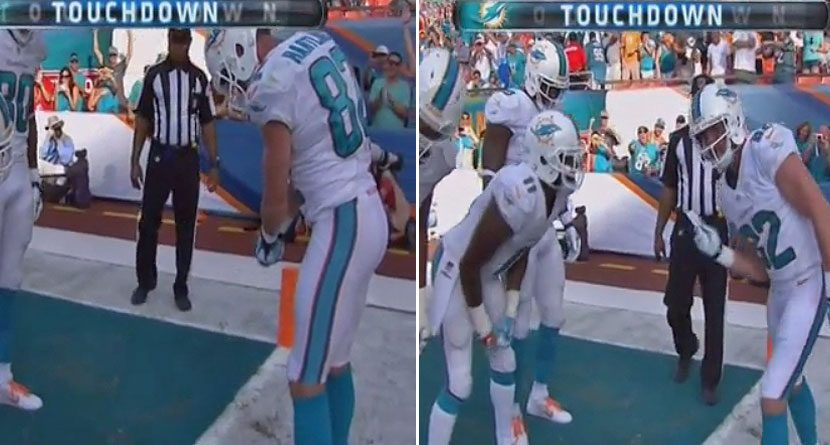 Miami Dolphins WR Sinks Putt After Touchdown, Gets Penalty