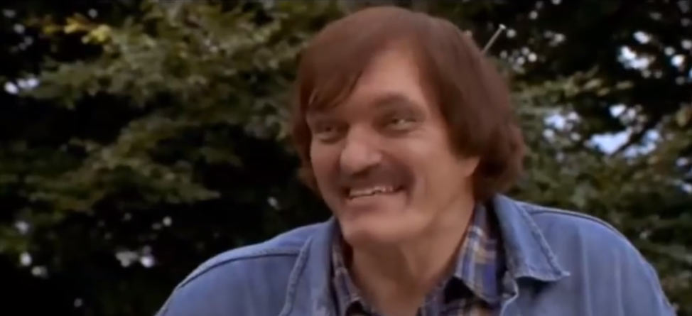 Mr. Larson From 'Happy Gilmore' Dead At 74