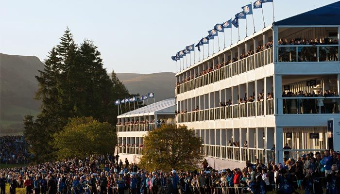 ryder-cup-tent-crowd_article1