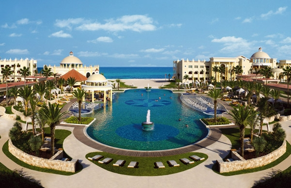 Iberostar Grand Hotel Paraiso (courtesy of thegrandcollection.com)