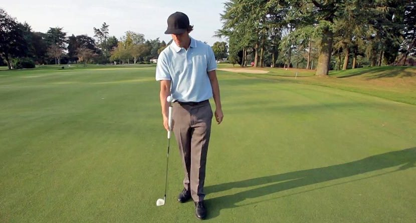 This Golf Ball Juggling Routine May Rival Tiger's
