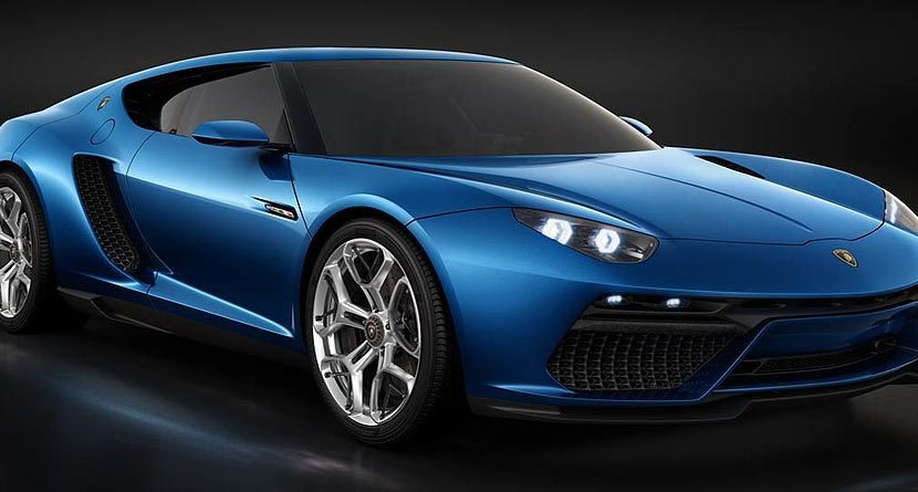 New 910-Horsepower Lamborghini Hybrid Is Stunning