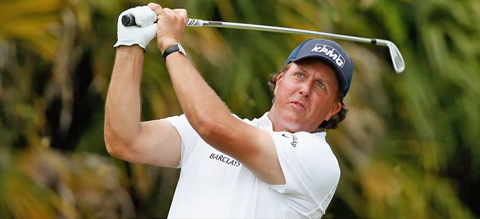 Phil Mickelson Makes A Moving Day Charge In Memphis