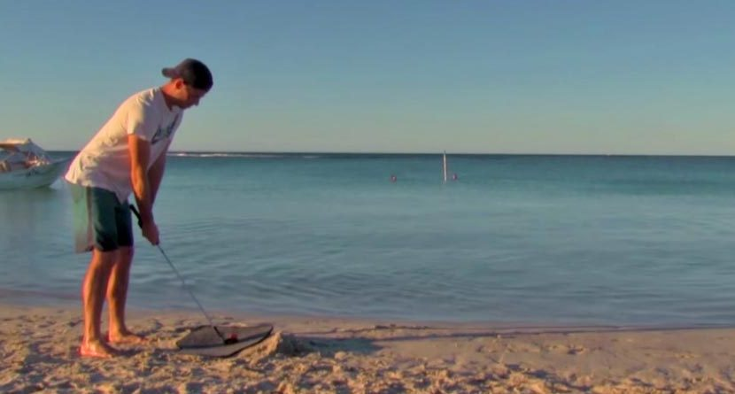 Watch This Guy Make An Underwater Ace…Seriously