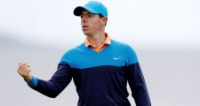 Rory McIlroy Has Disaster In Postage Stamp Bunker