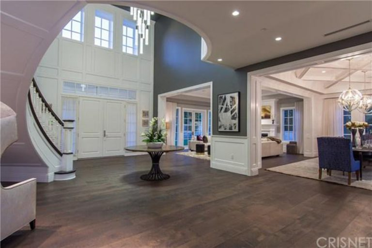 deandre-jordan-home-for-sale-pacific-palisades-fireplace-foyer-staircase-768x512