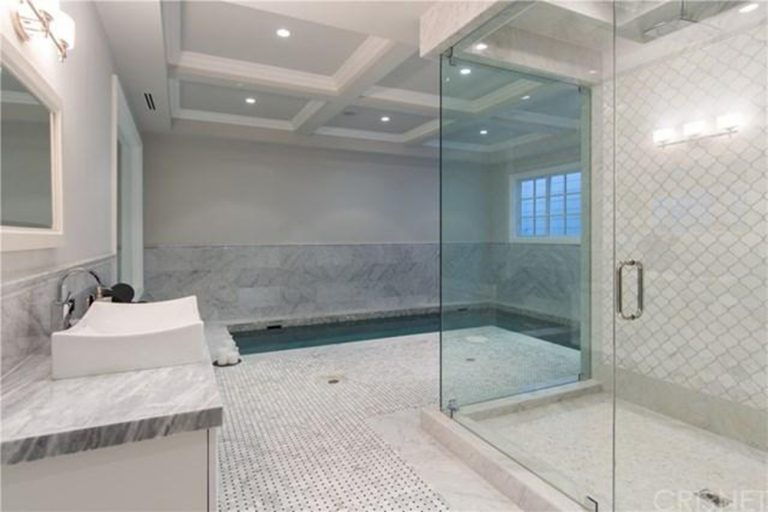 deandre-jordan-home-for-sale-pacific-palisades-indoor-pool-768x512