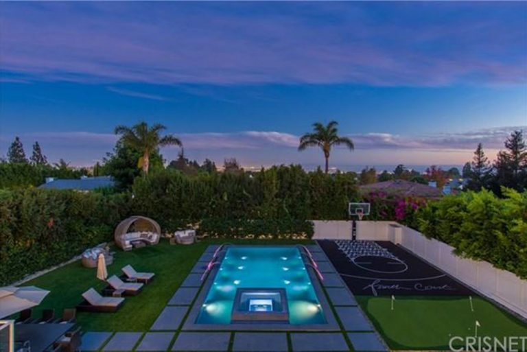 deandre-jordan-home-for-sale-pacific-palisades-pool-backyard-768x513