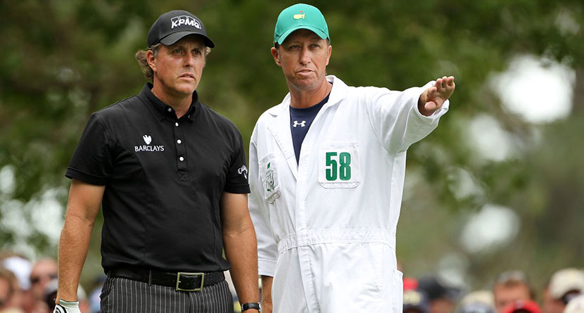 Mickelson's Caddie Has Both Knees Replaced
