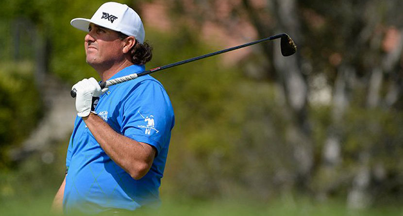 Pat Perez Injures Two Fans With Wayward Drives