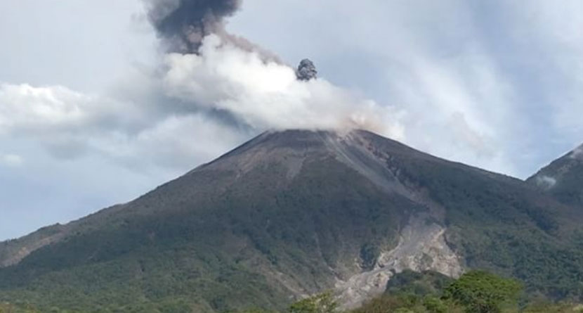 Volcano Erupts Near Latinoamerica Tour Course